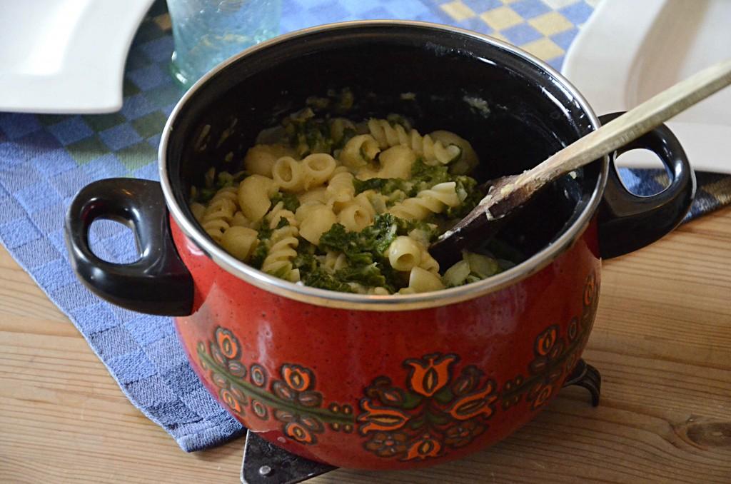Säsongsmat - Krämig pasta med grönkål